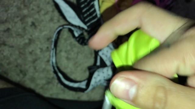 Roommates thongs